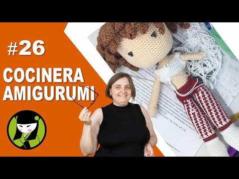 COCINERA AMIGURUMI 26 bata tejida a crochet