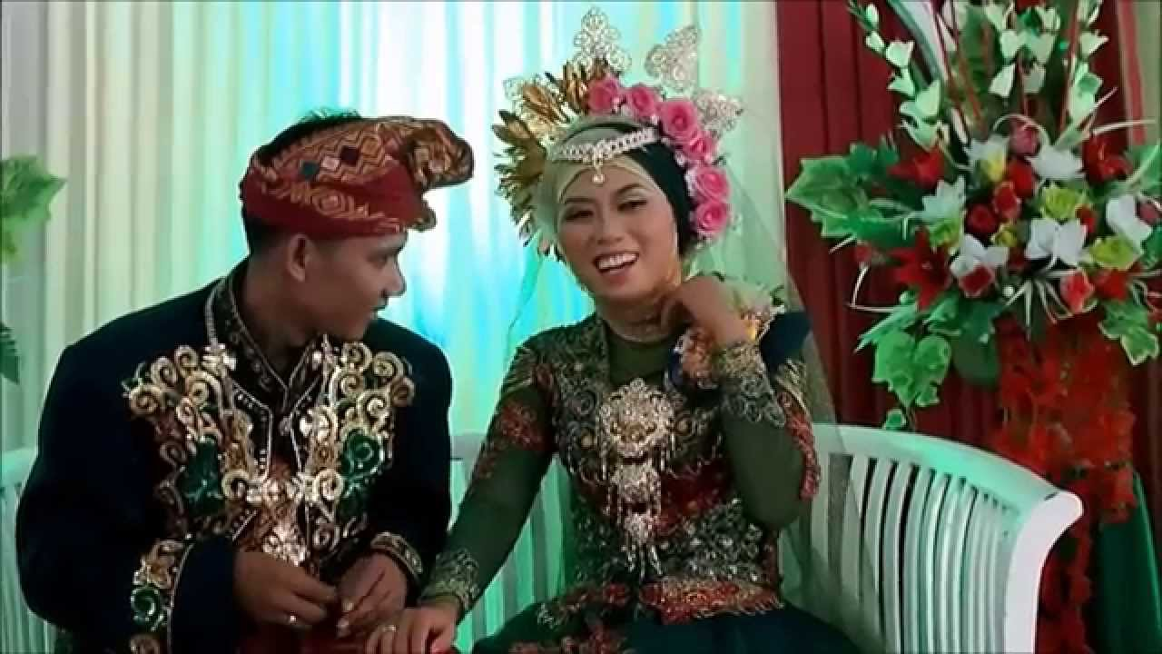 Download cuplikan video pernikahan (suhardiman&elda)