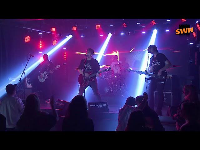 Fools on Parade - Heart Breaker (Live)