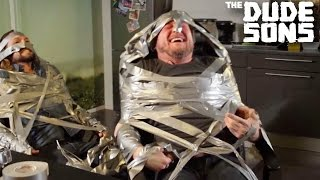 Download Video Duct Tape Challenge with a TWIST - The Dudesons MP3 3GP MP4