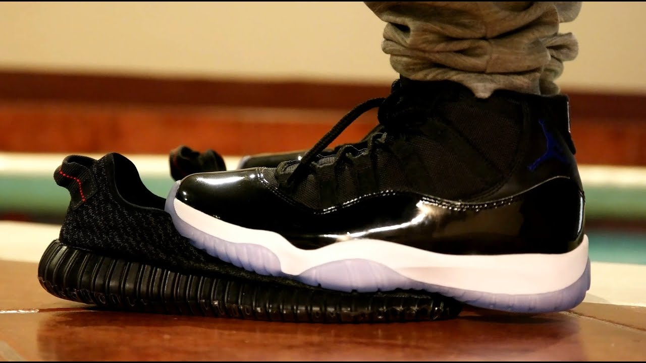 air jordan 11 space jam on feet