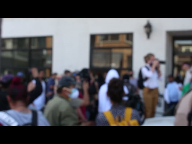 """""""Everyone matters"""" instigator gets harassed by Black Lives Matter protestors in Huntington Beach"""