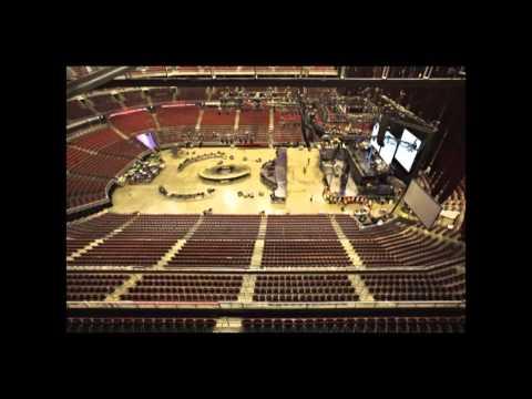 Michael Jackson THE IMMORTAL World Tour - Time lapse Set-up - Cirque du Soleil