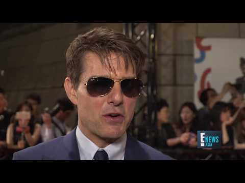 Tom Cruise on The Mummy Red Carpet | E! News Asia | E!