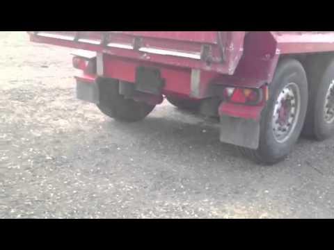 9930 2009 Wilcox Bulk Tipping Trailer