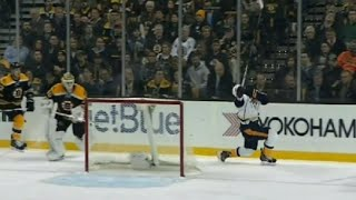 James Neal Diving Penalty vs Nashville - Ref Not Happy with Neal
