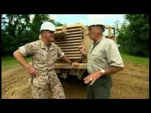 Lock N' Load With R. Lee Ermey - Armored Vehicles