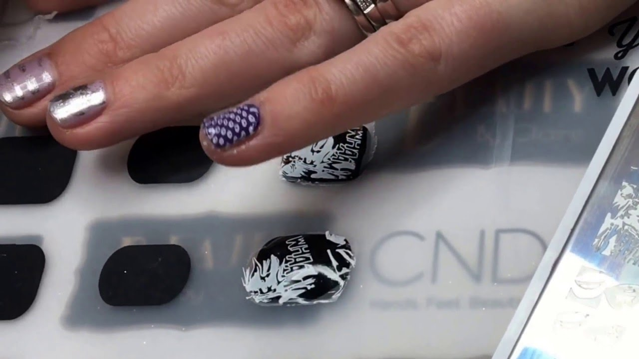 Nail Decals Reverse Stamping On The Moyou London Magic