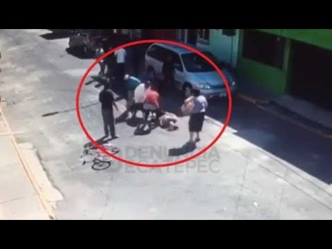 Mujer atacada por un pitbull en México