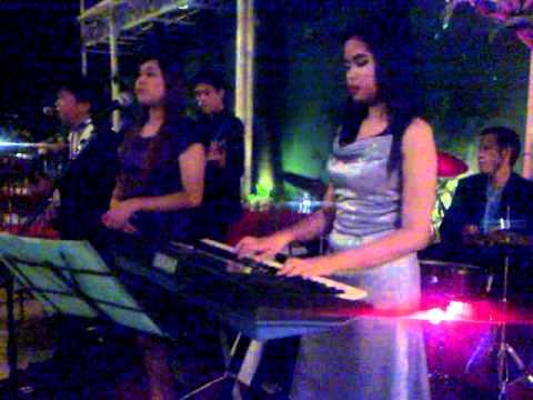 Fuego band @ Ibarra Gardens Malate Manila Garcia-Raymundo wedding Jan.28 2012