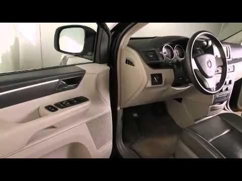 2010 Volkswagen Routan SE w/RSE & Navigation