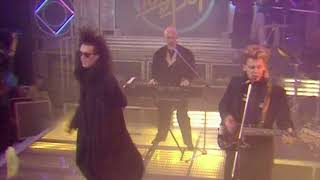 Dead Or Alive - You Spin Me Round (TOTP 1985)