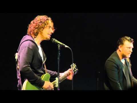 """""""By Crooked Steps & Gun"""" Soundgarden@Susquehanna Bank Center Camden, NJ 5/18/13"""