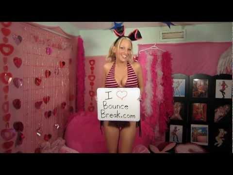BounceBreak.com Fan in a Bikini