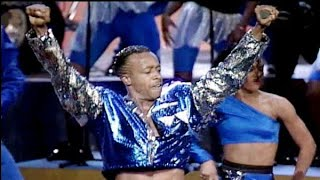 """MC Hammer """"Let's Get It Started/U Can't Touch This"""" MTV Awards 1990"""
