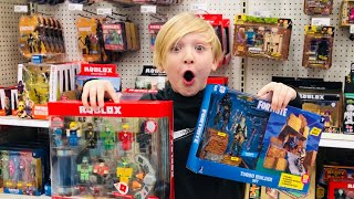 FORTNITE TOY HUNTING // Shopping for Fortnite toys - #Robloxtoys 4 nos 5K Giveaway @Target - Mall