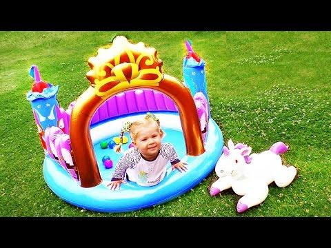 ✿ Бассейн ЗАМОК ПРИНЦЕССЫ Эльза Холодное Сердце Игры Для Девочек Disney Princess Castle Frozen Toys