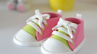 How to make fondant baby shoes trailer