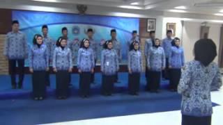 BKD Lamongan Juara 1 Paduan Suara HUT KORPRI ke 42 tahun 2013