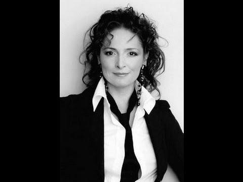 Susanna chakhoyan norma casta diva vincenzo bellini conductor volodimir sheiko youtube - Norma casta diva bellini ...