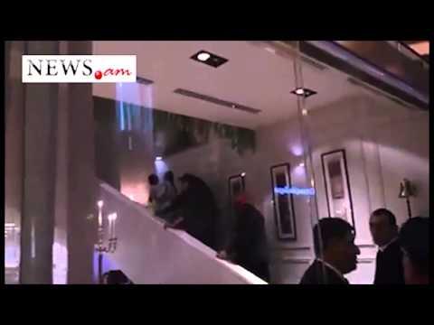 Kim Kardashian Dines At A Restaurant In Yerevan