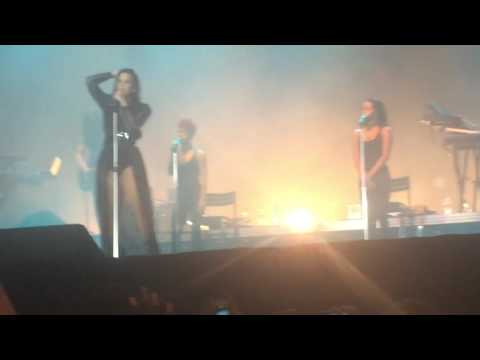 Demi Lovato - YES No Z Festival 2016