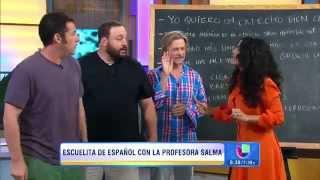 Salma hayek enseñando a adam sandler y kevin james a hablar español de una manera muy ruda