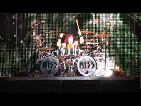 KISSONLINE: Tommy and Eric solos in Charlotte