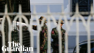 Myanmar: soldiers take to the streets in Yangon and Naypyitaw