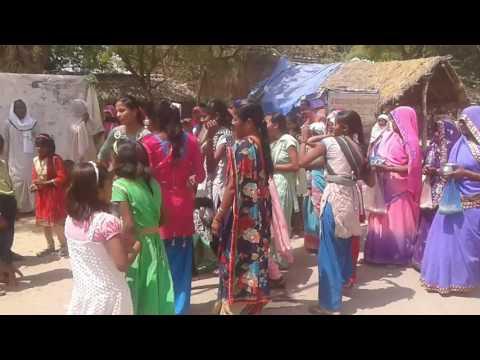 Village dance Yadavpur soraon allahabad-15-April-2016