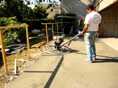 Beton cire helicoptere 1 mov youtube for Dalle beton finition quartz