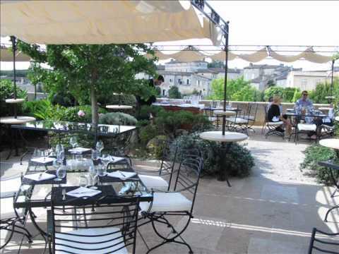 Hostellerie de Plaisance (Saint-Emilion - Francia).wmv