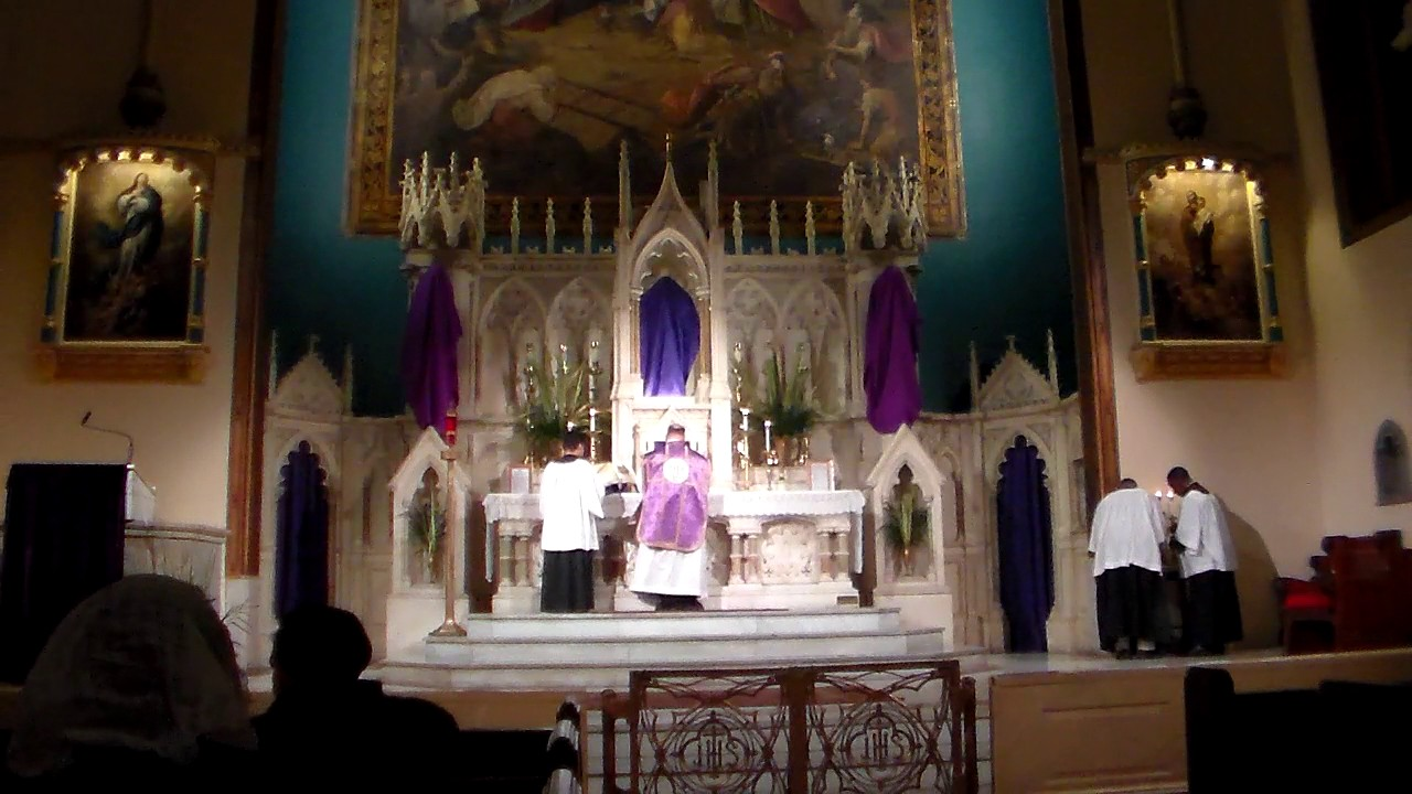 Spy Wednesday Sung Mass Holy Week AD 2015 Holy Innocents NYC Part 1 of 5