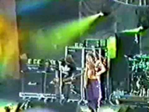 "Korn - Porno Creep - Tinley Park, IL - USA : ""World Music Center"" - May 26th 1996"