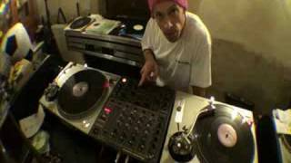 DJ Tutorial on cutting  music known as Breaks, Breakbeat