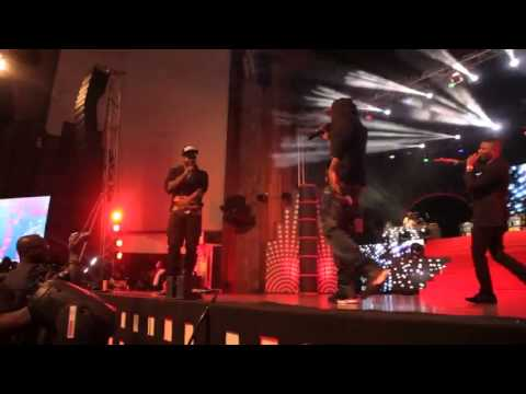 Wizkid & R2Bees Performing 'Slow Down' LIVE