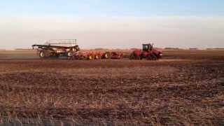 Case IH Steiger 600 4wd tractor pulling a big setup