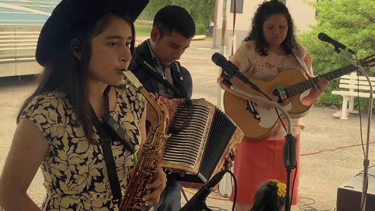 Solamente Alabale Live Austin Tx (4/5) - Los Fuertes Del Norte