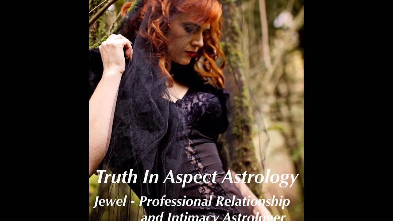 Aspects in the natal chart the grand trine youtube aspects in the natal chart the grand trine nvjuhfo Images