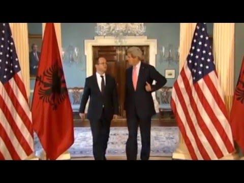 Report TV - John Kerry shqiptar? Ja lidhja e gjakut me familjen mbretërore