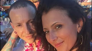 Talinda Bennington talks about Chester Bennington (+ mental health)