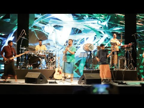 RAGHU DIXIT PERFORMANCE AT GDDINDIA |...