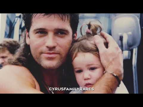 'I loved her first' by heartland. A Miley, Billy ray cyrus and Liam hemsworth video edit