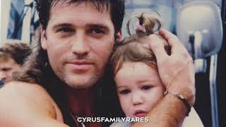 Video 'I loved her first' Miley, Billy ray cyrus and Liam hemsworth download MP3, 3GP, MP4, WEBM, AVI, FLV Januari 2018