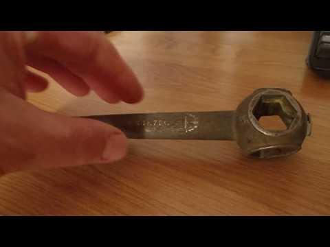 Необычный комбинированный гаечный ключ из 80-х