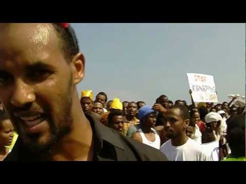 Eritrean refugees protest in front of the USA embassy, Tel Aviv, Israel, 29.6.2012.wmv