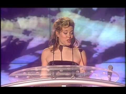 Steps win Live Act presented by Cerys Matthews | BRIT Awards 2000