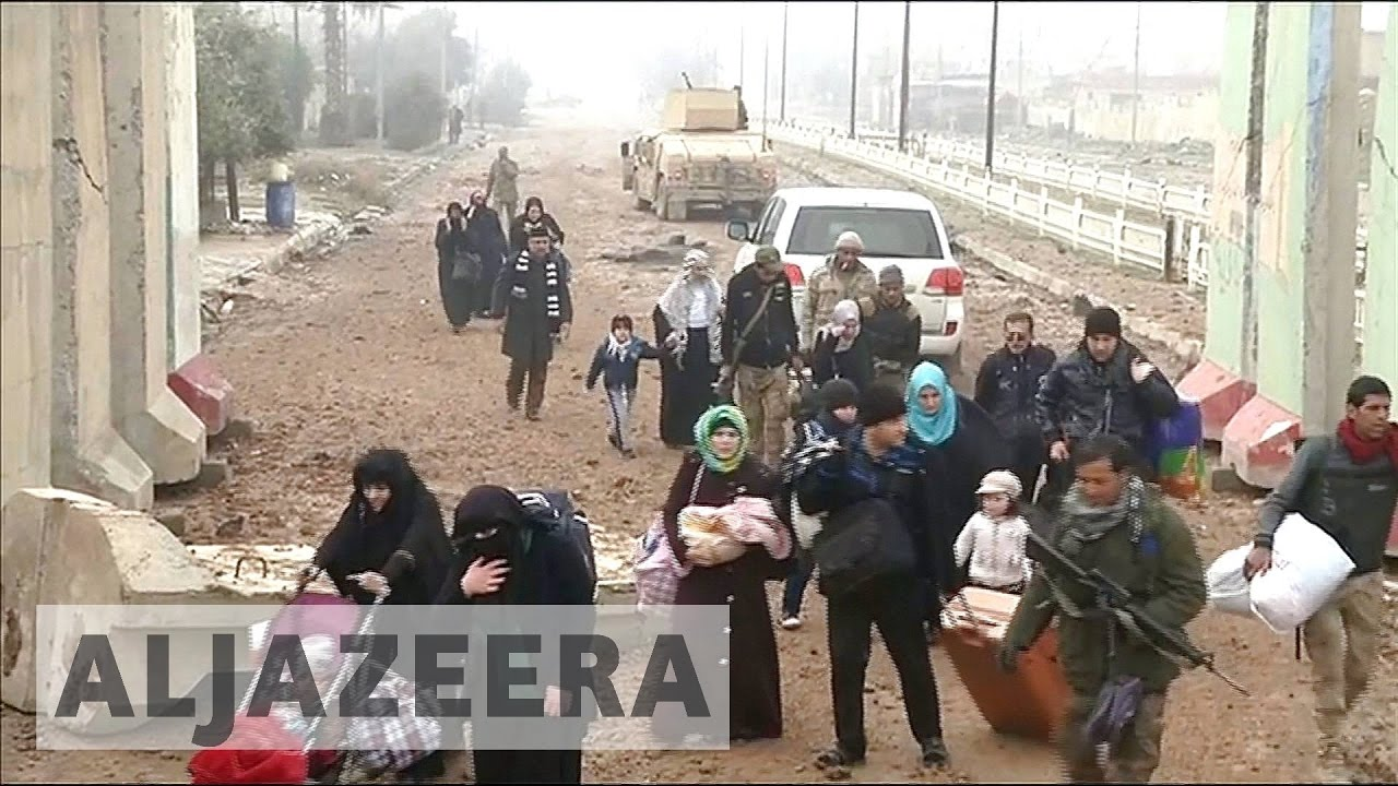 Battle for Mosul: Residents run low on food, water
