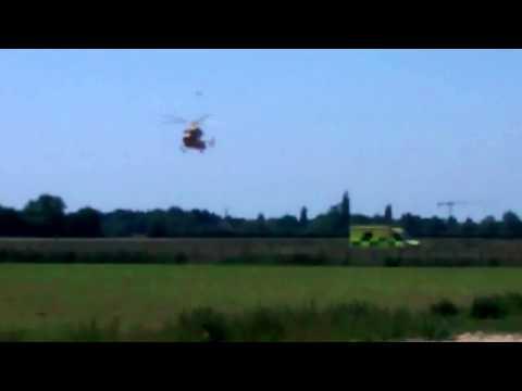 MAGPAS Landing at Addenbrookes Hospital Helipad