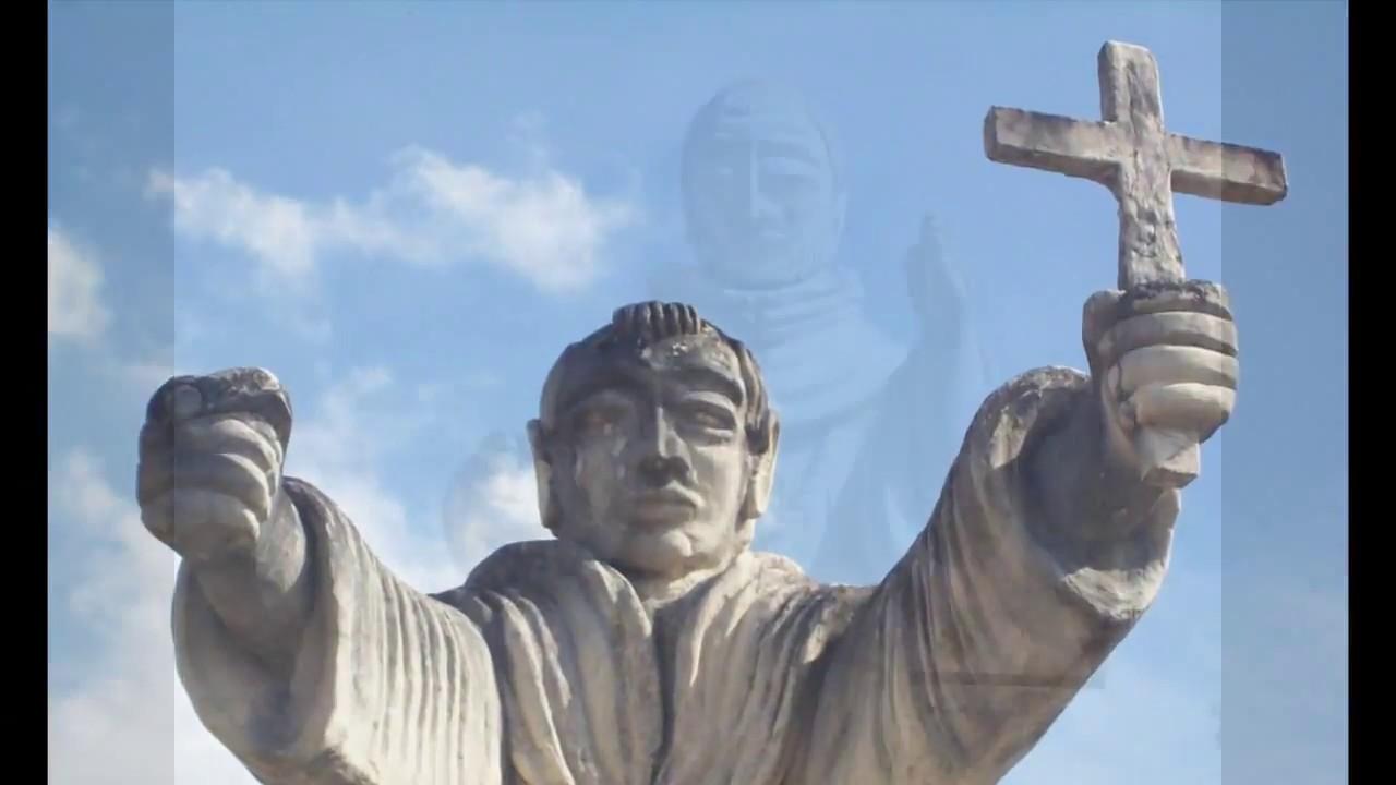 310.- Estatuas de monjes se mueven solas en Valladolid, Yuc. - YouTube
